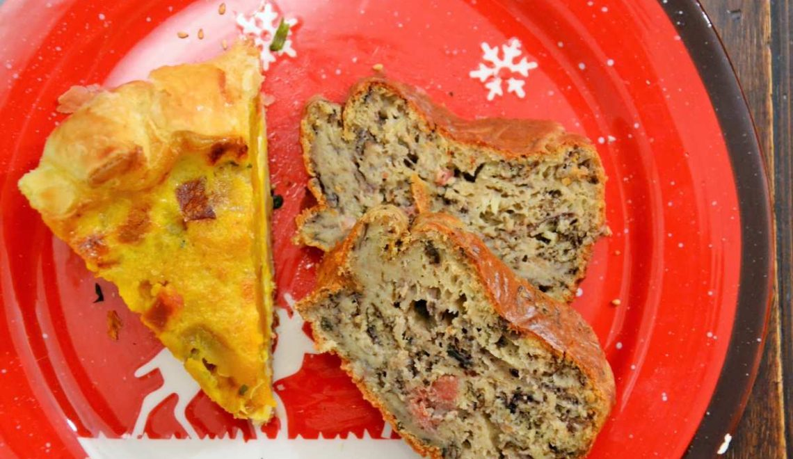 Cake con farina di castagne, radicchio e gorgonzola