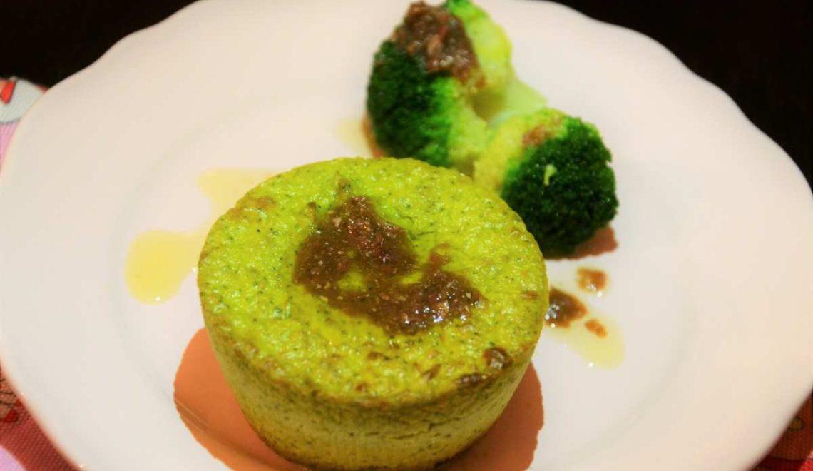 Tortino di broccoli con salsa di acciughe